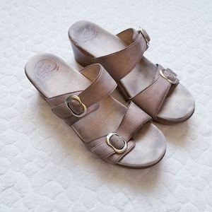 Dansko Sophie sandals tan metallic 41 neutral